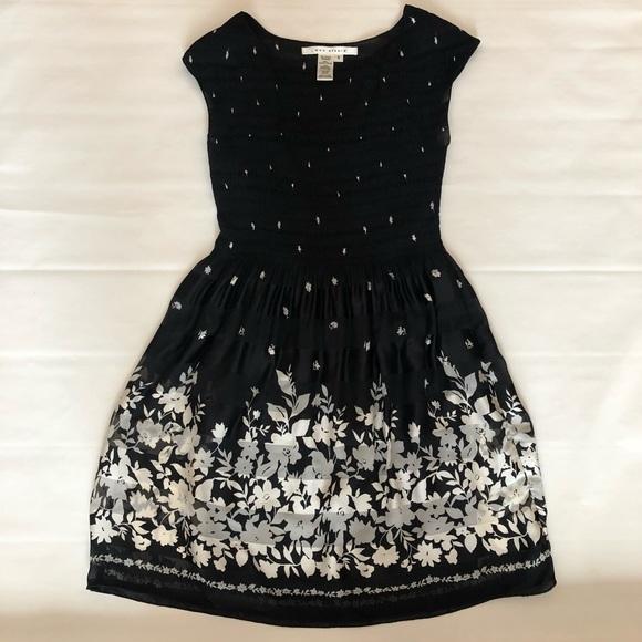 Max Studio Dresses & Skirts - Max Studio Black Floral Dress